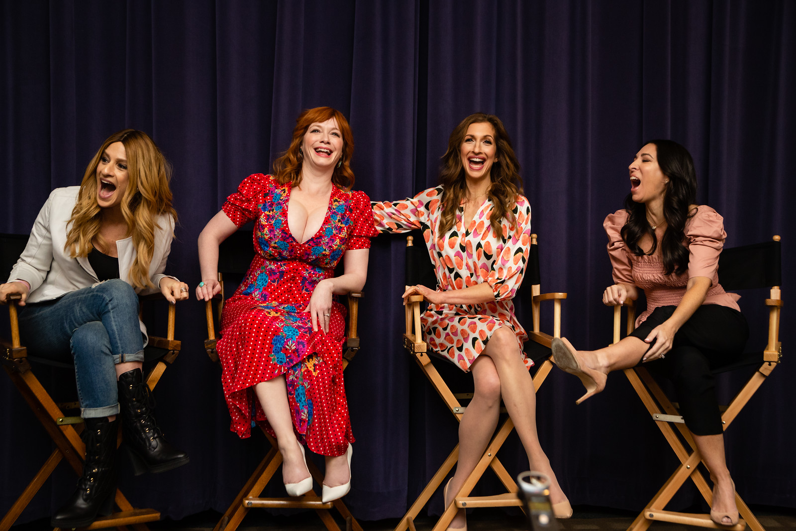 Minute With The MOMS: Christina Hendricks and Alysia Reiner