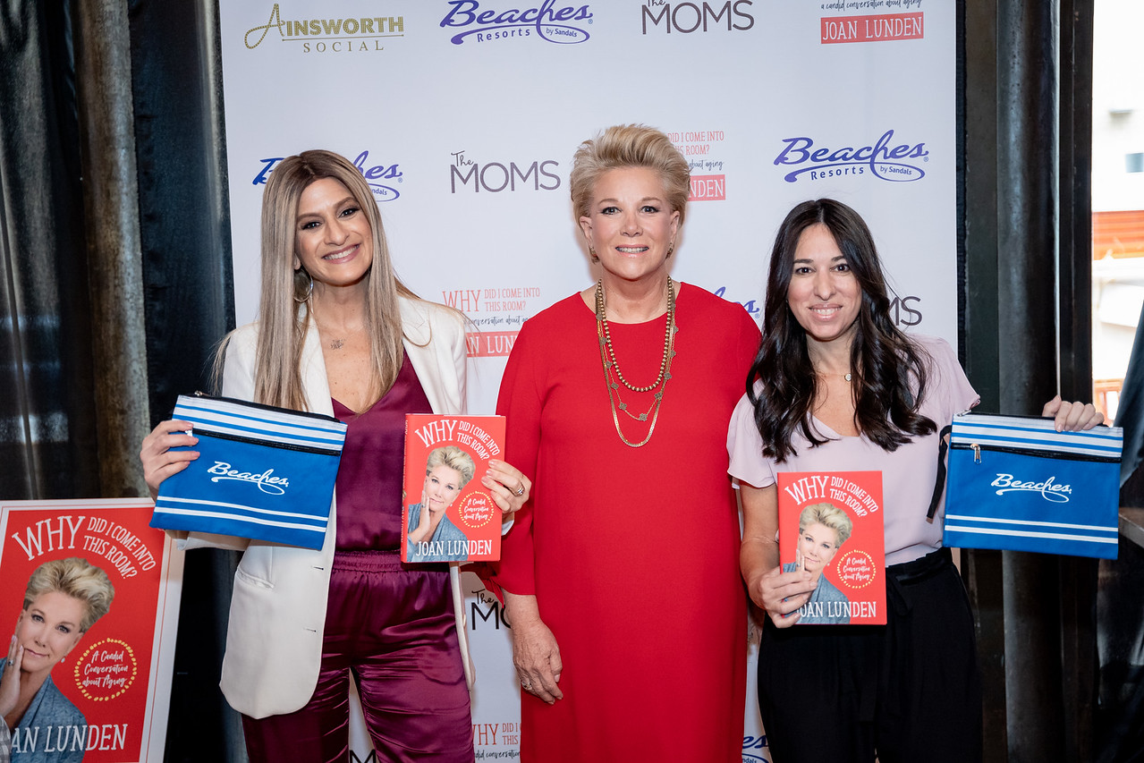 Minute with The MOMS and Joan Lunden